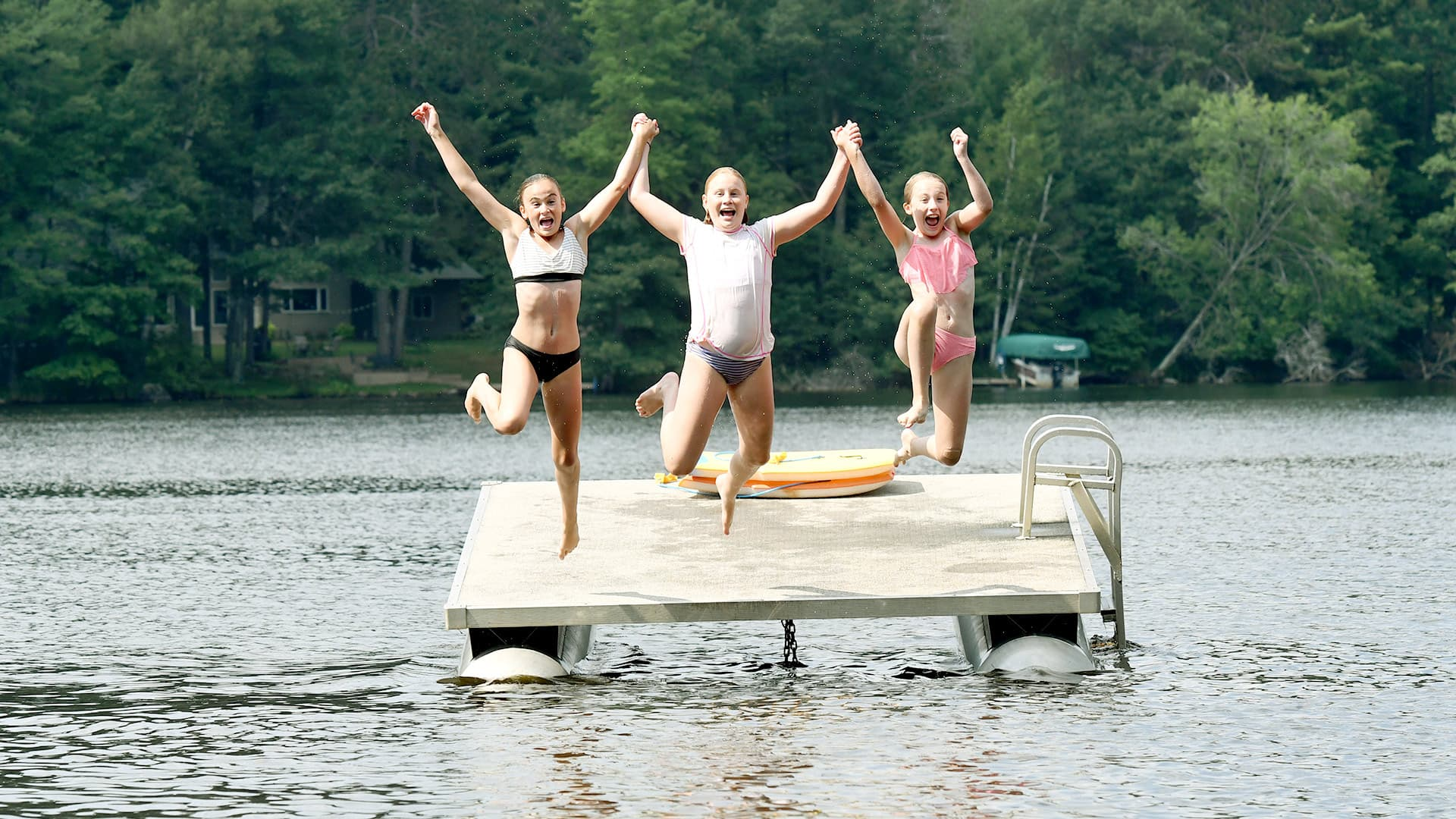Discover Wisconsin's refreshing lakes